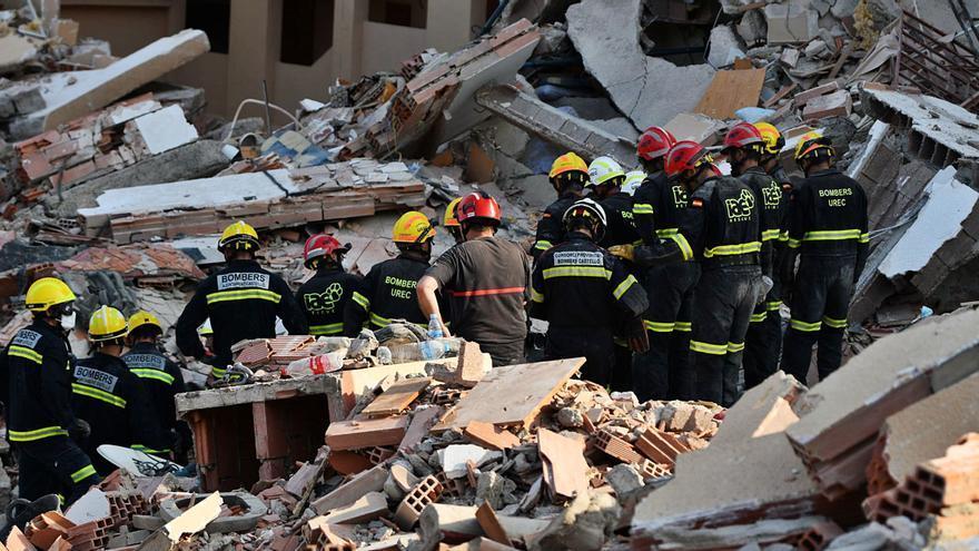 El derrumbe de Peñíscola deja dos muertos y un herido de la misma familia