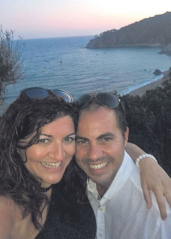 Marta y Julio, de Burriana, llevan residiendo dos décadas en Calella.