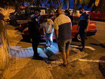 Herido tras caer en una rejilla de alcantarilla en Casablanca I