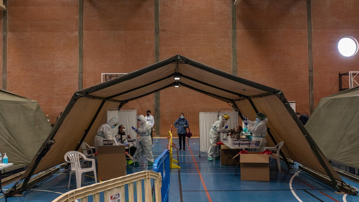 Pruebas de detección del coronavirus en la Ciudad Deportiva de Zamora