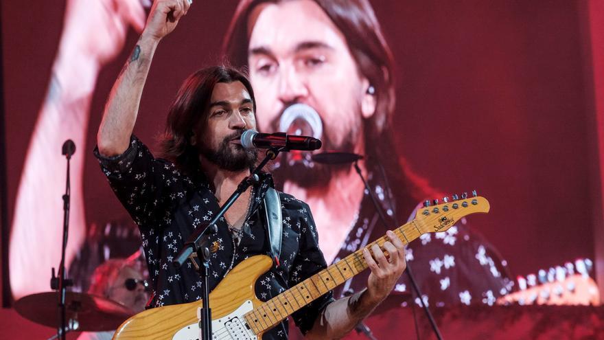 Juanes estrena una versión en español de 'Dancing in the dark' de Springsteen