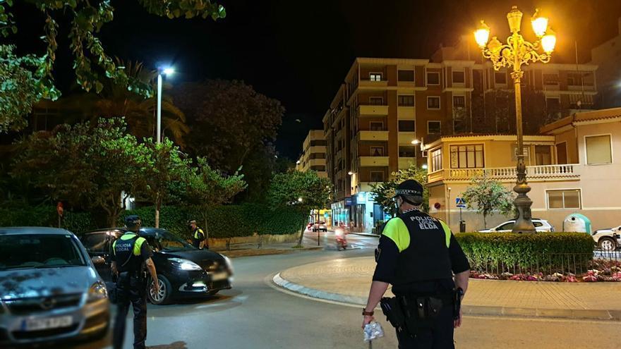 Catorce multas en Elda por conducir sin carné o bajo los efectos del alcohol y las drogas