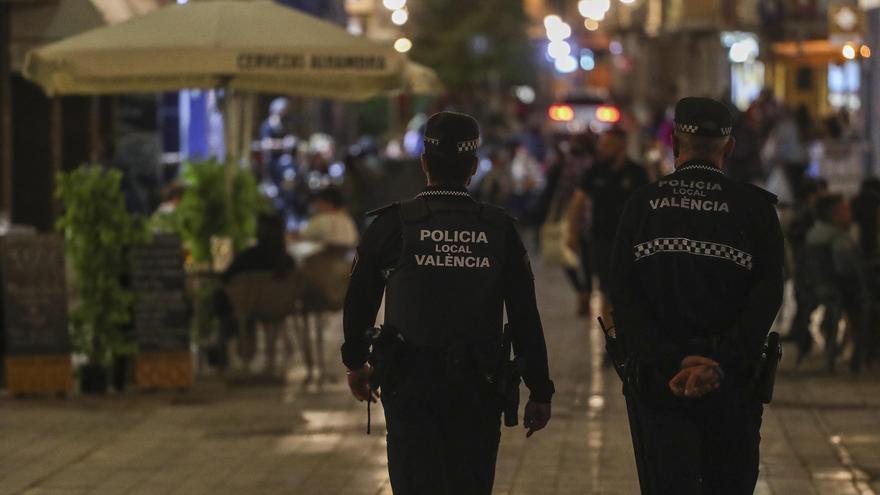La asociación de vecinos de Benimaclet se reúne con la Policía Local