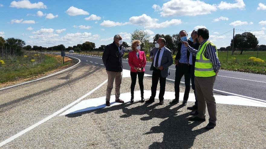 La carretera entre Santa Cristina de la Polvorosa y Mózar estrena asfaltado