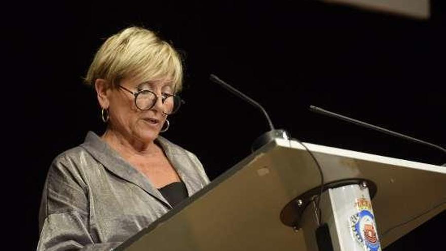 Soledad Penalta relata a súa viaxe evolutiva no seu ingreso na Real Academia de Belas Artes