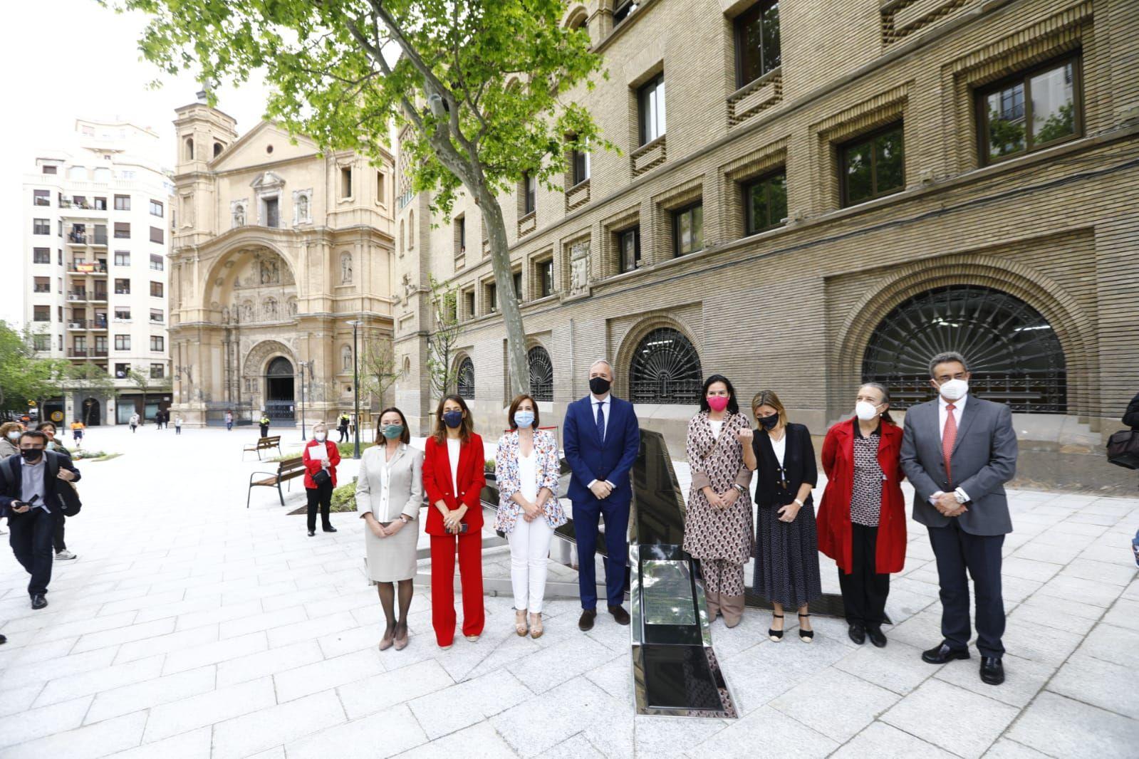 Expectación en la inauguración de la nueva plaza Santa Engracia de Zaragoza