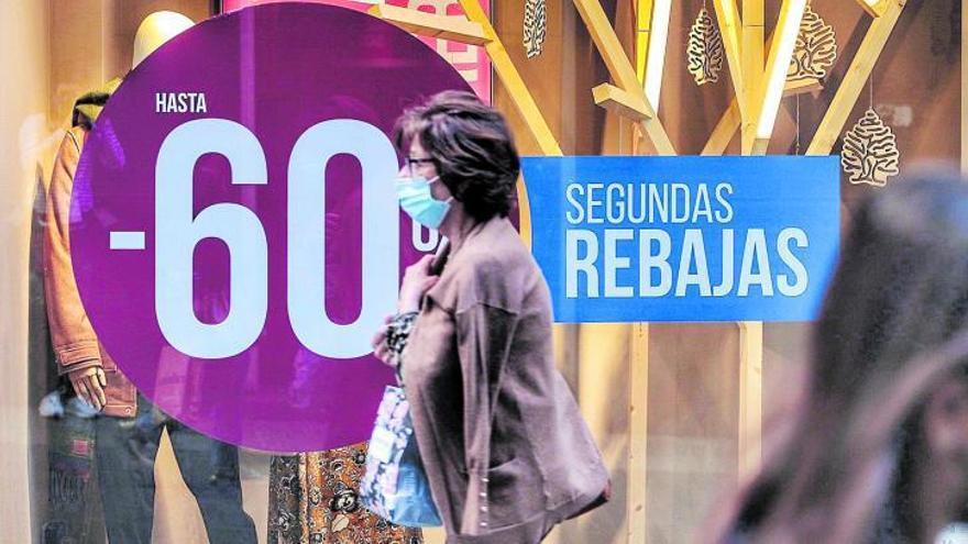 La caída de las ventas aboca al cierre a uno de cada cinco comercios de las Islas