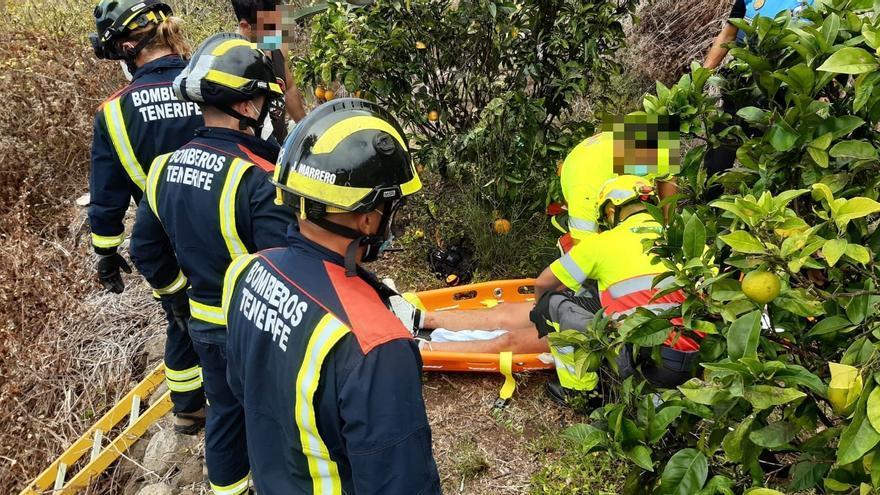 Rescatadas dos personas que cayeron a barranquillos en el norte de Tenerife