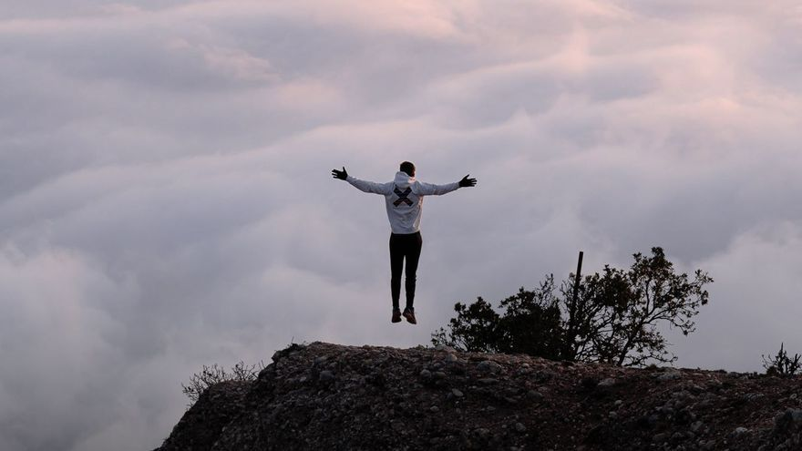 Sant Jeroni es viralitza a les xarxes socials amb un paisatge de somni