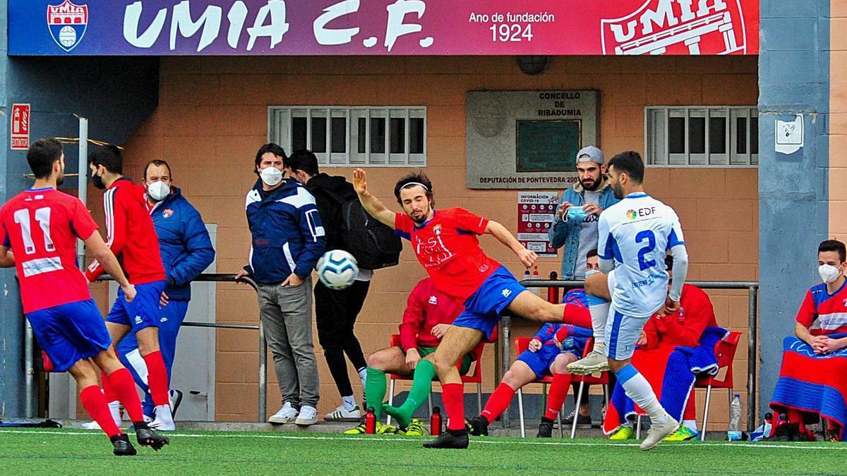 Los clubes de Preferente apuran la pretemporada antes de la liga   IÑAKI ABELLA