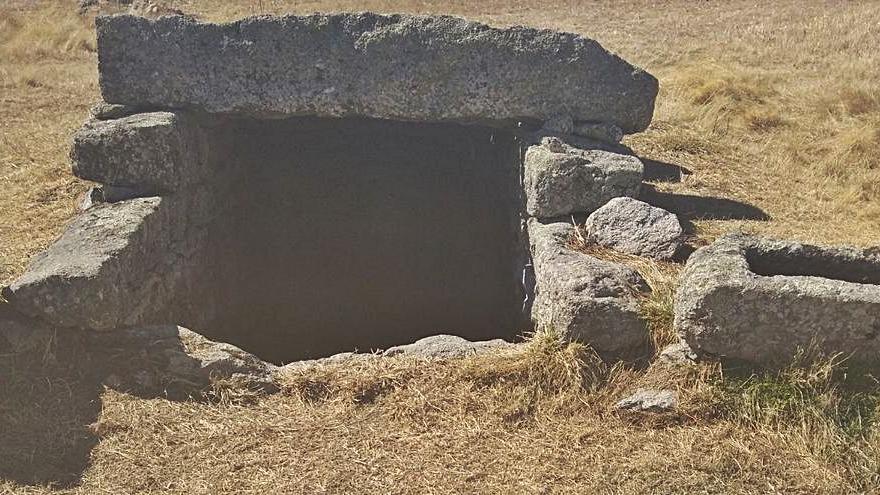 Una limpieza de fuentes tradicionales deja a los ganaderos de Torregamones sin agua