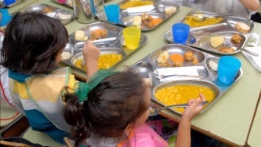 El STEC pide a Educación que se supriman los catering por los ecocomedores