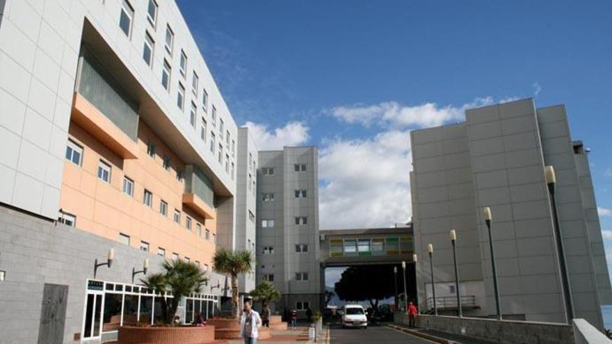 Canarias analiza muestras sospechosas de cepa británica del covid-19
