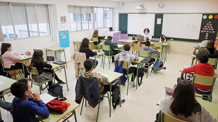 Educación requiere a los institutos planes para contar con más alumnos en las aulas