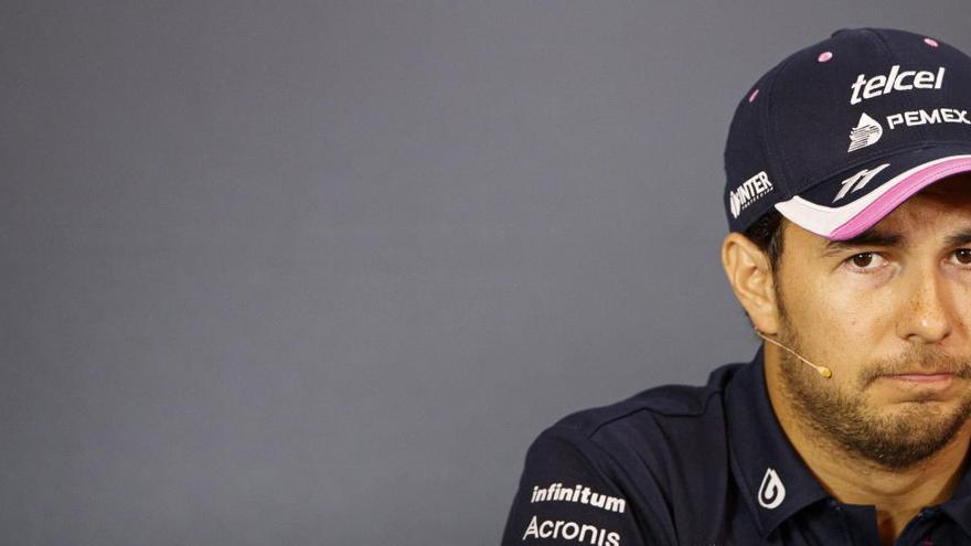 """Sergio Pérez vive """"uno de los días más tristes"""" de su carrera tras dar positivo en Covid-19"""