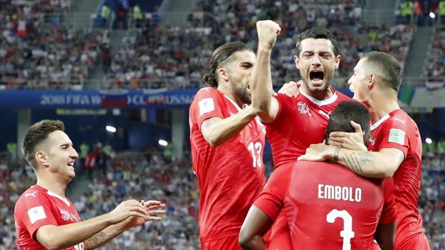 Suiza empata con Costa Rica pero se clasifica