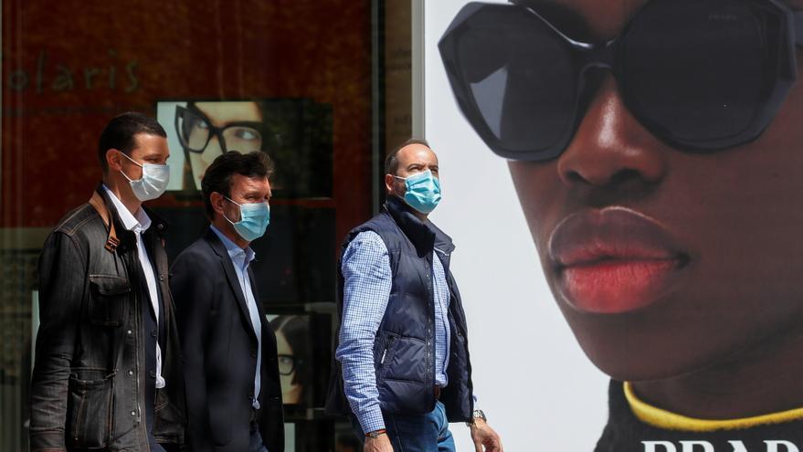 Francia sigue con su alta media de muertes y contagios