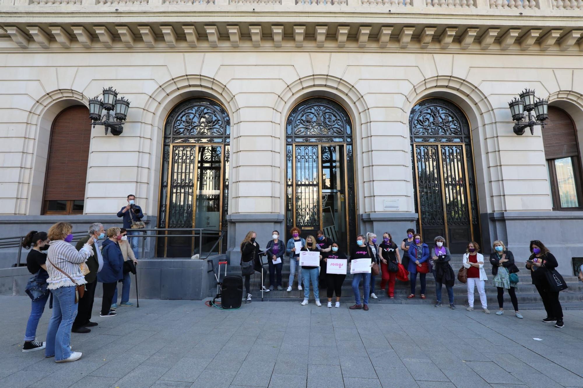 Concentración contra la violencia vicaria en Zaragoza