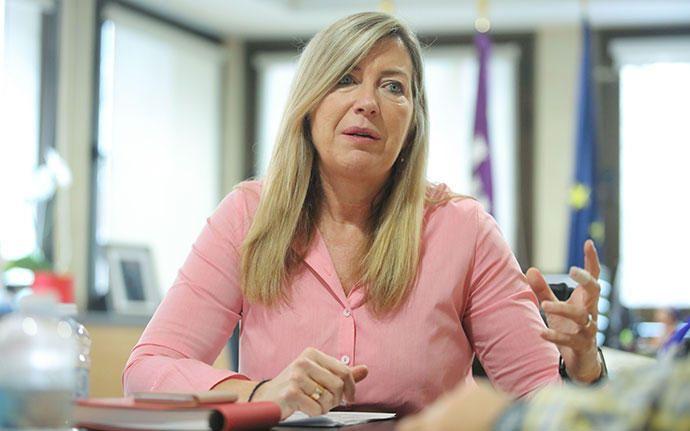 Patricia Gómez, PSIB-PSOE, Gesundheit: Noch ein alter Hase in der Balearen-Politik: Die gelernte Krankenschwester war schon unter der Antich-Regierung als Generaldirektorin für das Pflegepersonal zuständig, bevor sie 2015 erstmals Gesundheitsministerin wurde. Wichtiges Projekt für die 54-Jährige wird nun der Bau eines  Pflegezentrums am Standort des früheren Landeskrankenhauses Son Dureta.