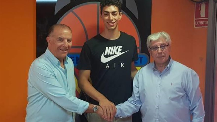 Valencia Basket cede al almusafense Josep Puerto al TAU Castelló