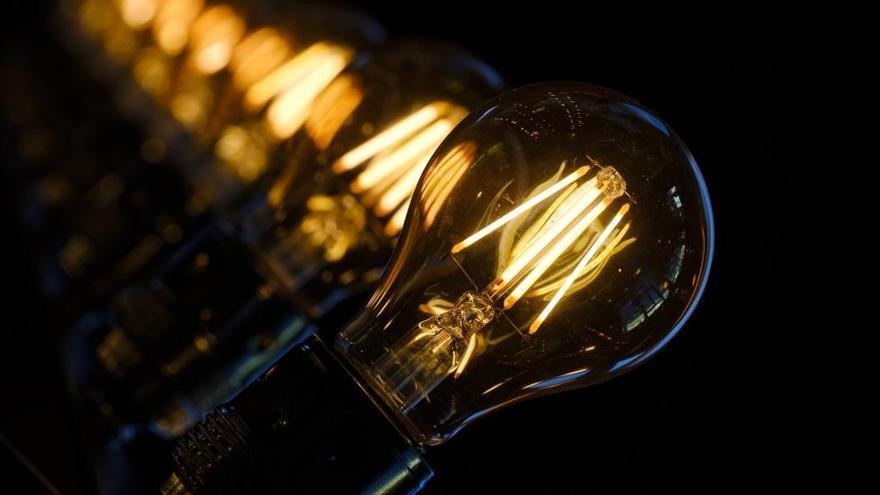 El mes d'agost acaba amb la quarta factura de llum més cara de la història