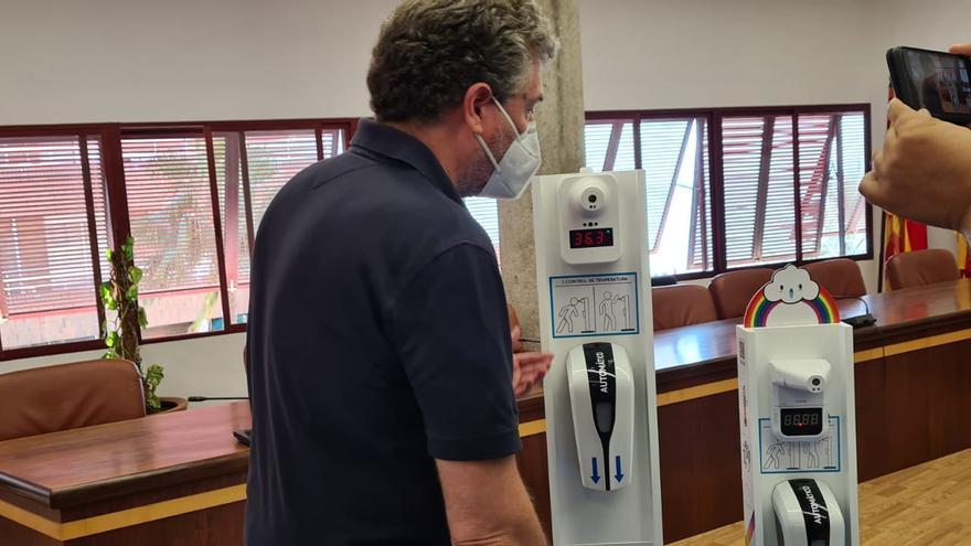 El Ayuntamiento de Santa Pola instalará medidores de temperatura automáticos para agilizar el acceso