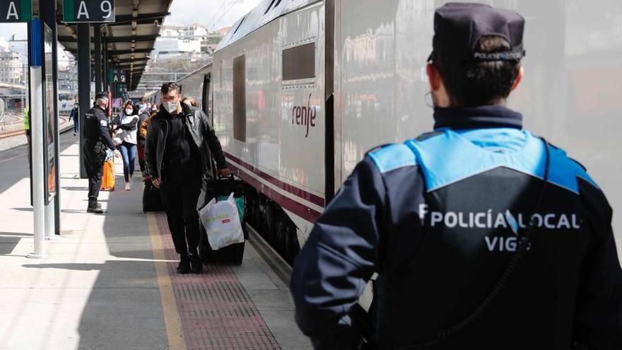 Aviones, trenes y buses en el punto de mira en Vigo