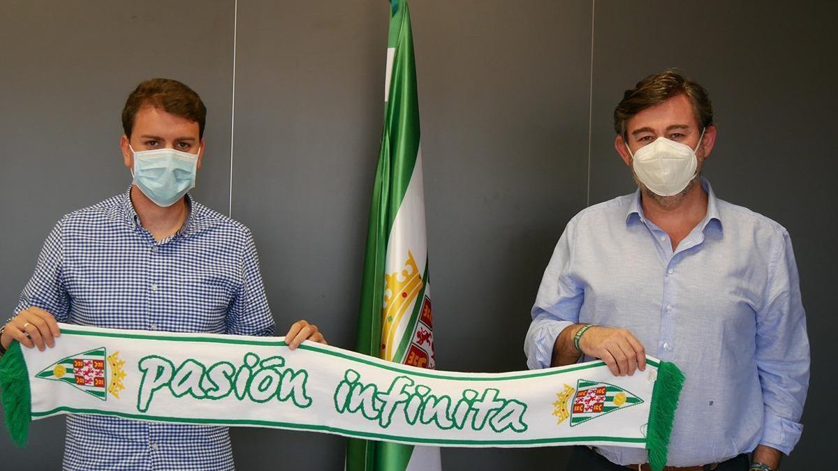 Manu Agudo seguirá una temporada más en el Córdoba CF