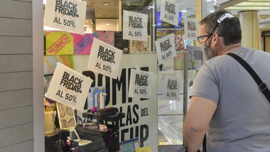 Un 'Black Friday' con la tele a cuestas