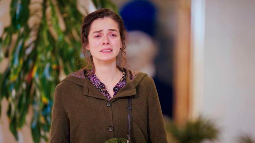 """La audiencia estalla por la última decisión de Antena 3 con la serie turca Mujer: """"Me van a volver loca"""""""