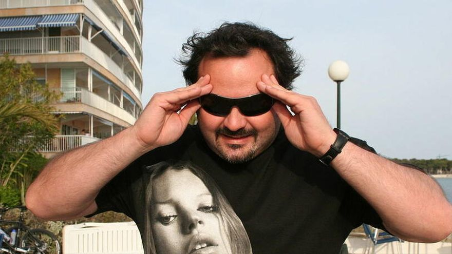 Multan al actor porno Torbe por organizar una orgía con 50 personas en Madrid