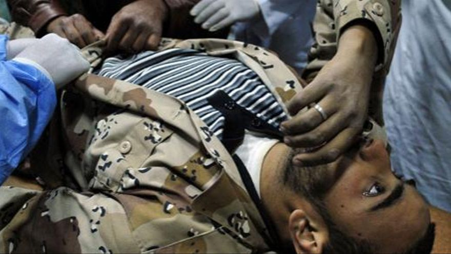 Las tropas de Gadafi matan a 30 rebeldes en Misrata