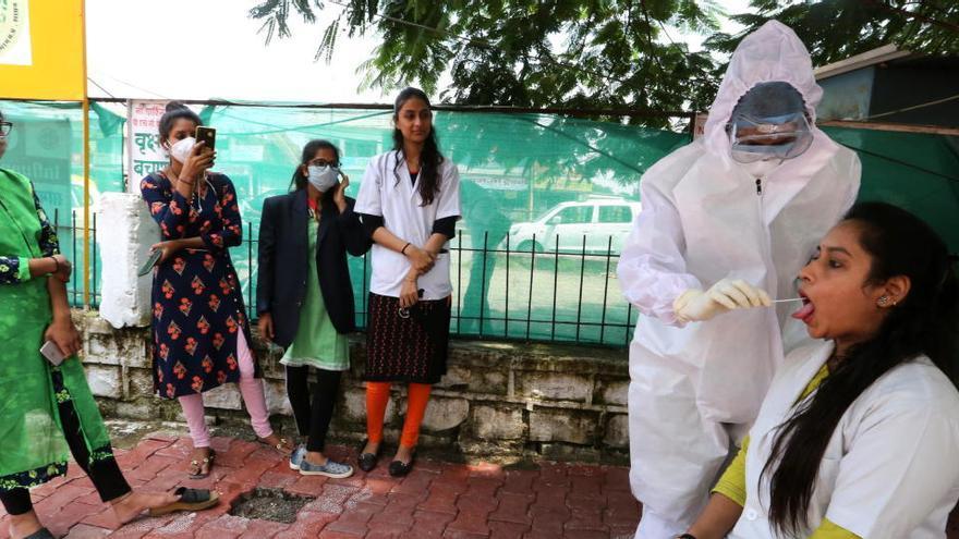La pandemia supera el millón de muertos en el mundo