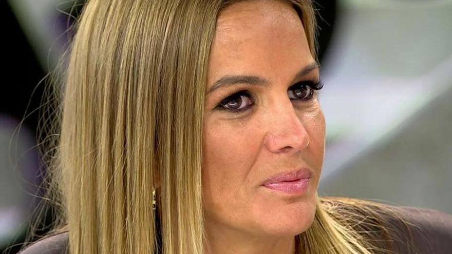 """Marta López se entera por la tele de que Efrén Reyero la ha dejado: """"Me ha reventado"""""""