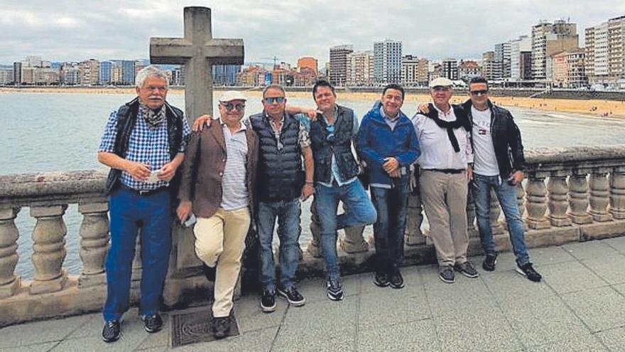 De Canarias a comerse Asturias