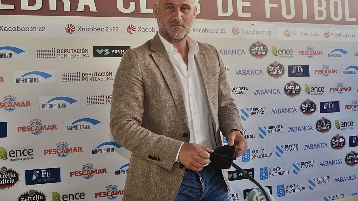 El director deportivo del Pontevedra CF, Toni Otero. |  // RAFA VÁZQUEZ