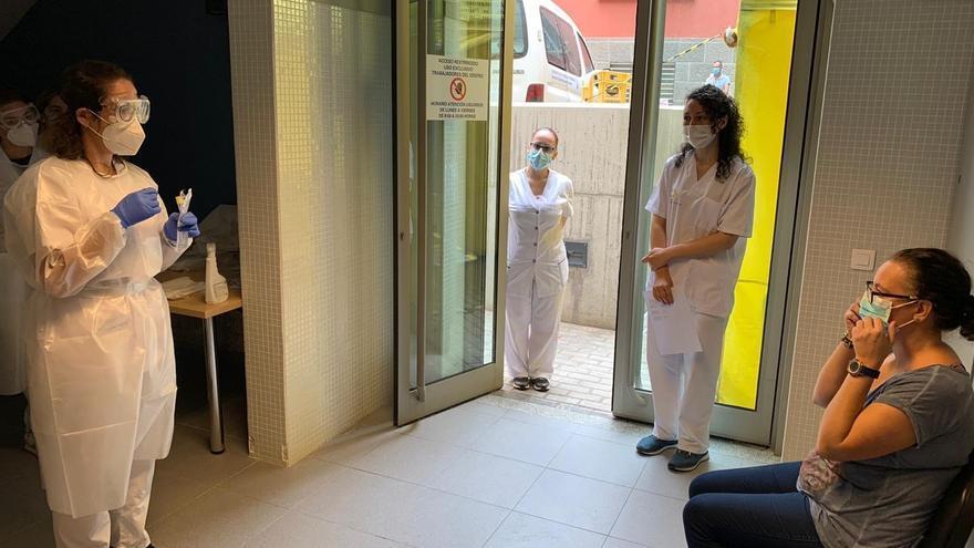 Sanidad activa planes de contingencia en Atención Primaria en Gran Canaria y Tenerife