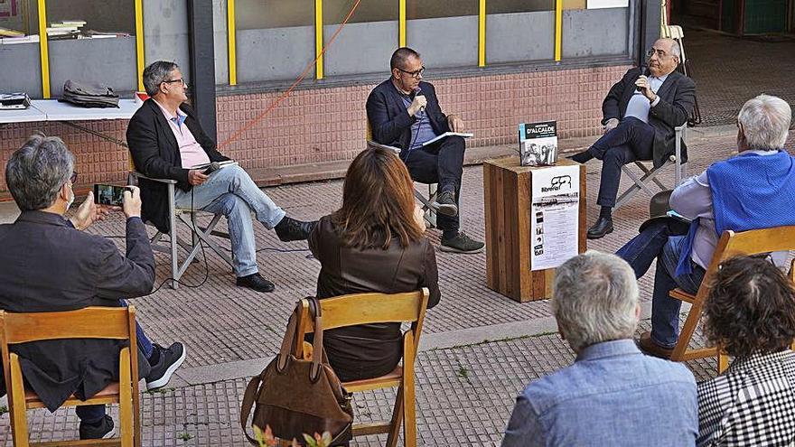 Joan Armangué i Joaquim Nadal presenten «Històries d'alcalde 1995-2007» a Girona