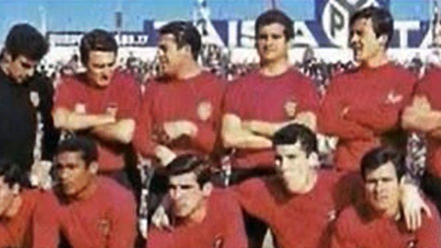El Valencia recupera el rojo 'Torino' la temporada 2021/22