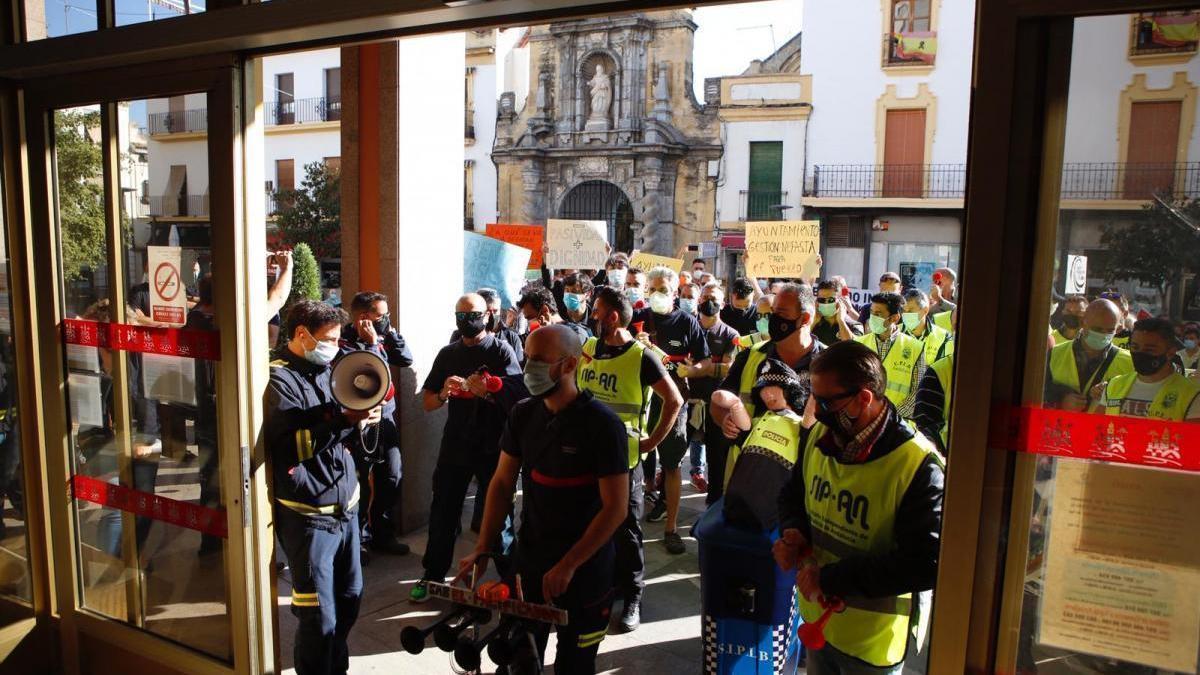 Torrico defiende las actuaciones realizadas en el SEIS y culpa al gobierno anterior de los retrasos