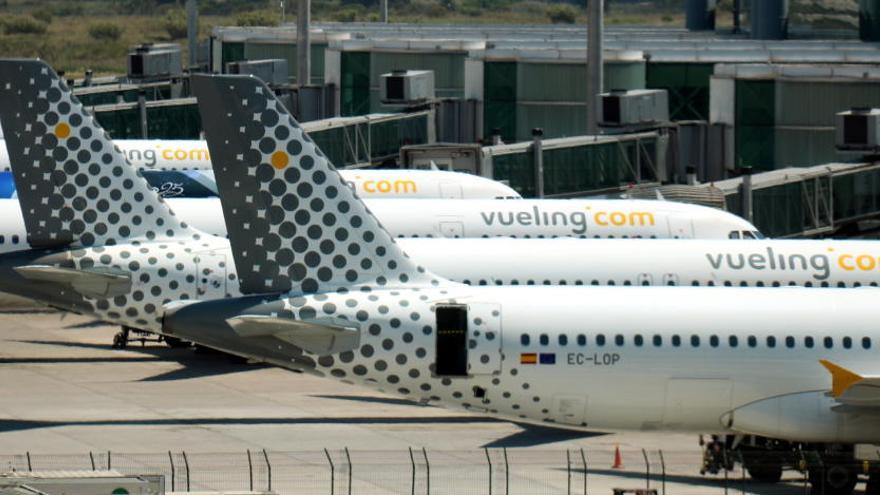 Vueling cancel·la més d'¡'un centenar de vols per la vaga del personal de terra d'Iberia