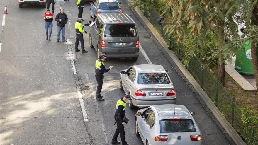 Más de 7 cada 10 españoles, a favor de limitar los derechos para frenar la COVID