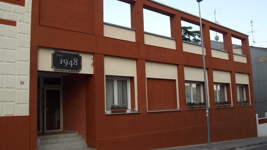 L'Hotel 1948 de Manresa tanca per la jubilació del propietari