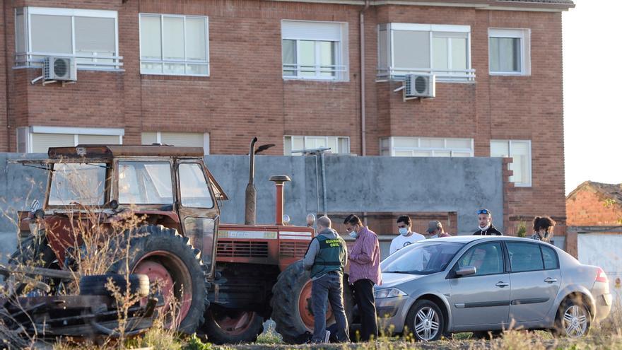 Investigan si la niña muerta atropellada cayó del tractor que la arrolló en Valladolid