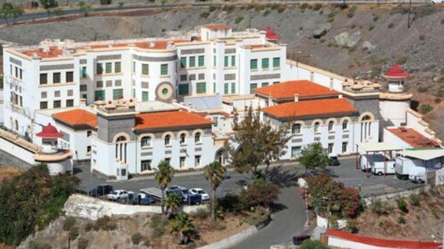 Treinta migrantes saldrán del CIE de Gran Canaria tras pedir protección