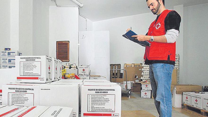 Cruz Roja no logra atender todas las peticiones de material escolar