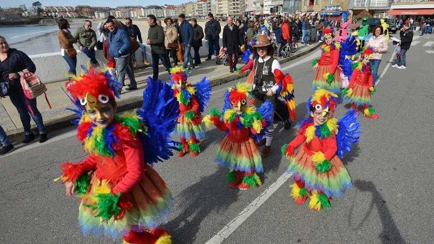Sanxenxo celebra hoy el desfile infantil y el Enterro da Sardiña