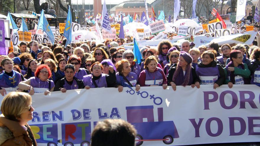 El feminismo asturiano, unido contra los cambios previstos en la asistencia al aborto del Ministerio de Sanidad