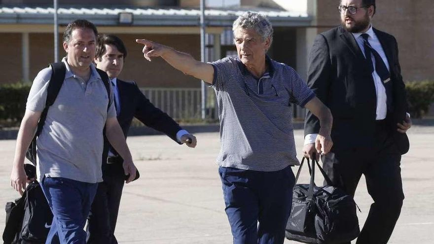 Villar paga la fianza y sale de prisión