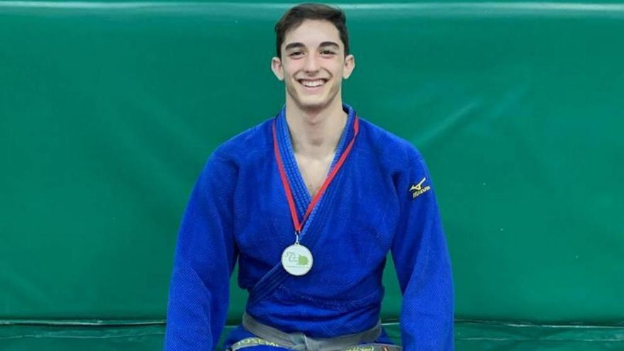 Un murciano en lo más alto del judo cadete